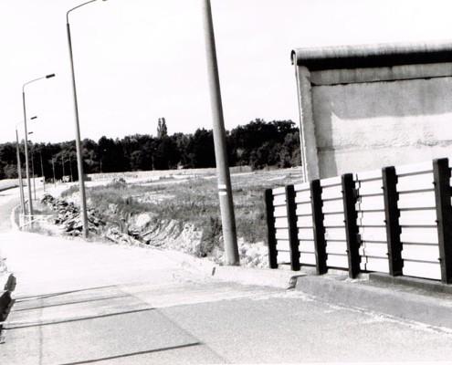 The Berlin Wall patrol road by Berlin-Zehlendorf in September 1990.